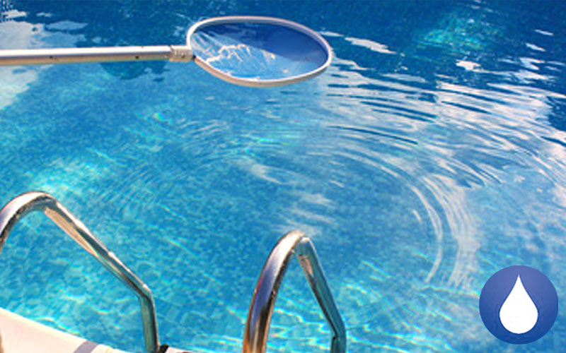 Consejos para la limpieza de piscinas fontaneros valencia for Limpieza de piscinas