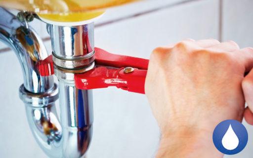 ¿Cuánto cuesta un fontanero urgente? 1